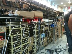 Торговое оборудование в магазине