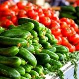 Овощи на овощном базаре